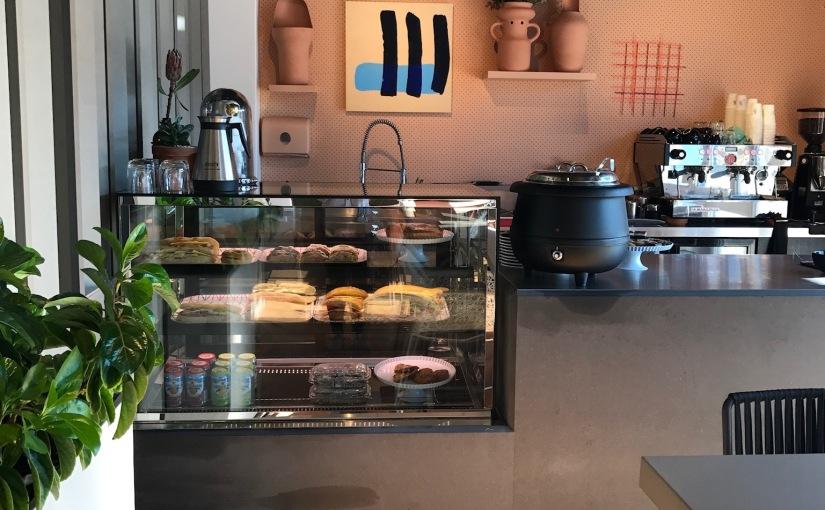 & Cafe ByMobilia